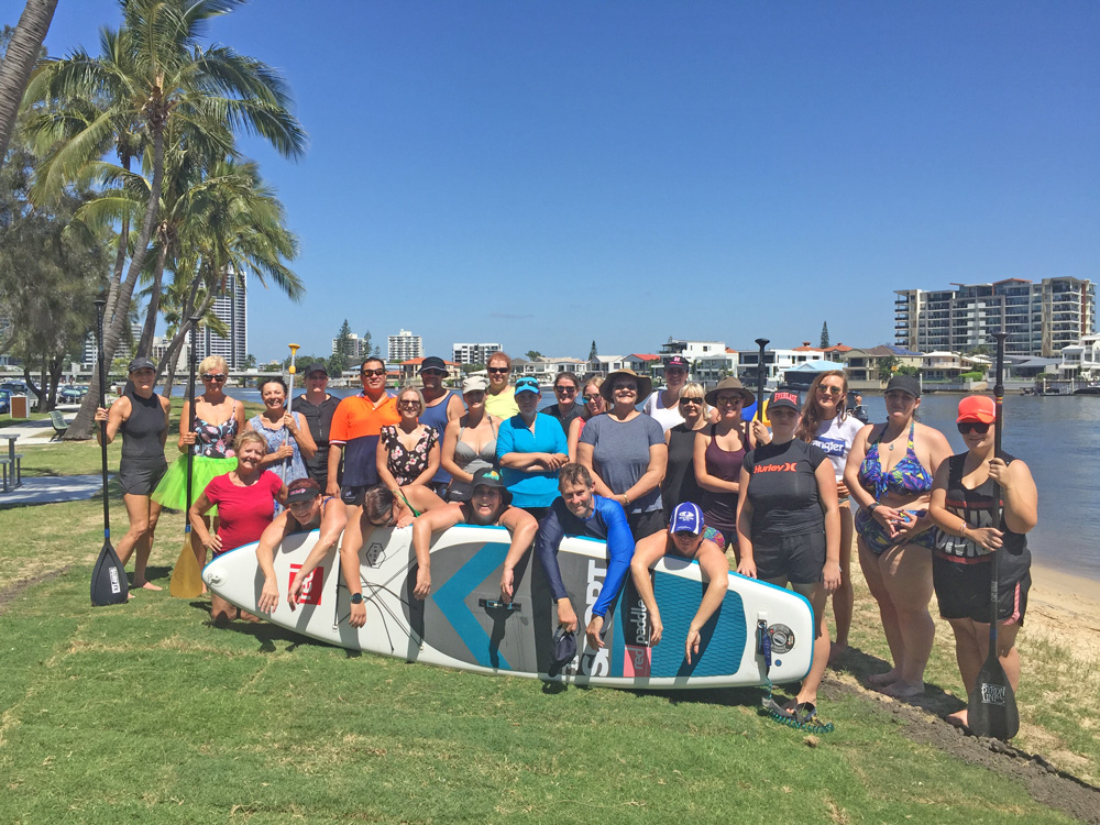 Stand-up-paddle-board-group